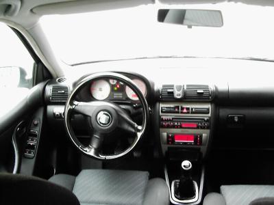 Interieur seat leon cupra tdi fr 150 cv 2003 54000km for Interieur seat leon